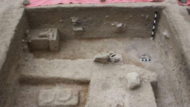 கொடுமணல் பகுதியில் கண்டறியப்பட்ட இரும்பு உலை