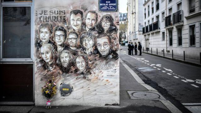 جدارية لتكريم ضحايا هجوم تشارلي البدو على الشارع