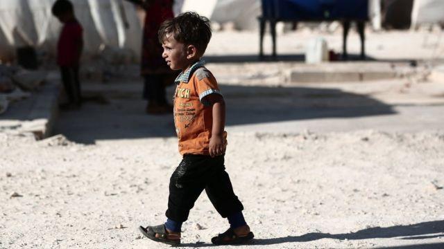 Dete u izbegličkom kampu u Idlibu