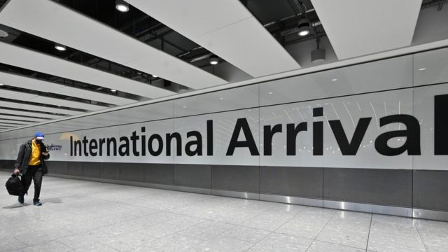 Reino Unido procura passageiro que chegou do Brasil