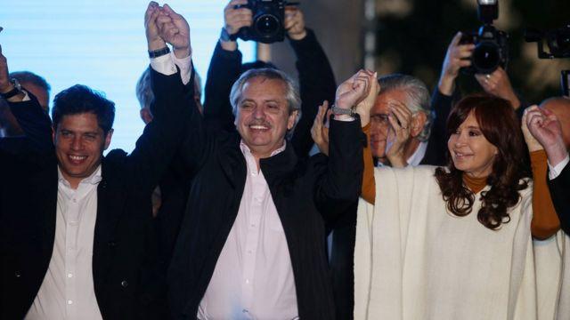 Cristina Kirchner, Alberto Fernández e Axel Kicillof, que concorre ao governo da província de Buenos Aires