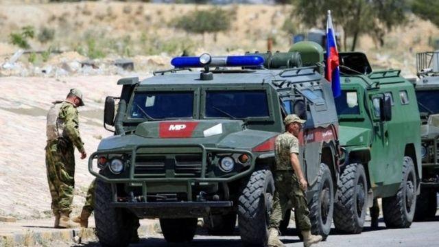 قوات روسية ومدرعات قرب دمشق
