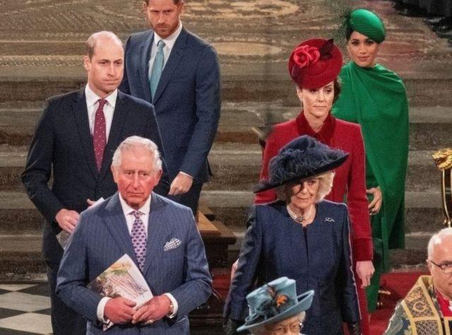 El príncipe Harry también habló de su relación con su padre y su hermano.