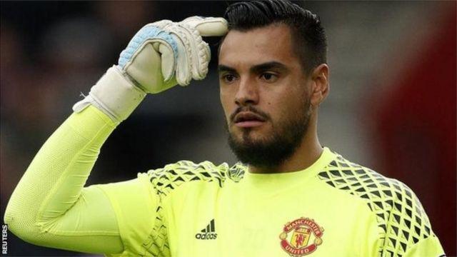 Mlinda mlango wa Manchester United,Muajentina Sergio Romelo anataka kuondoka Manchester