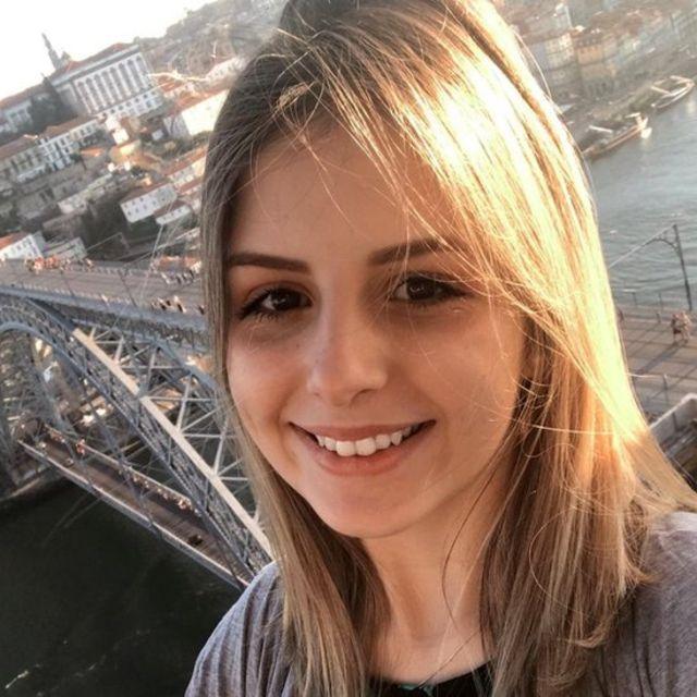 Julia Lapa Comarin