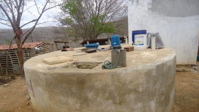 Cisterna comunitária em Alcantil