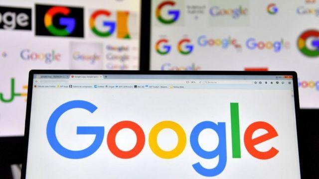 Logos de Google en pantallas