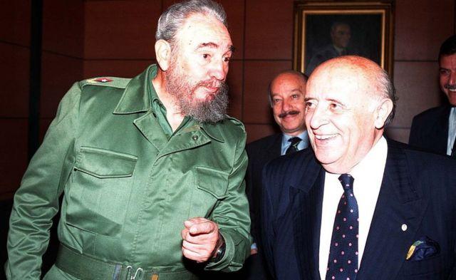 Demirel 1999'da Küba lideri Fidel Castro ile görüşmüştü