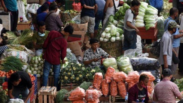 Akibat Penglaris, Usaha Pedagang Ini Malah Bangkrut | cryptonews.id | LINE TODAY