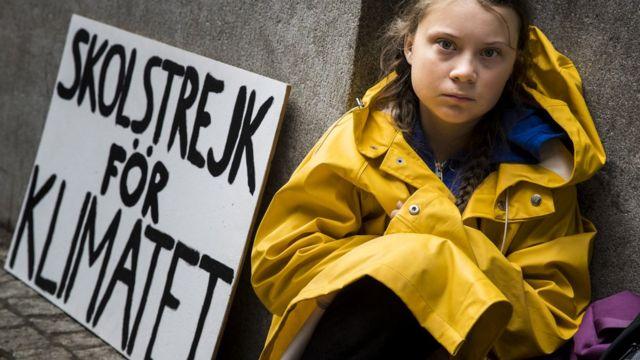 格蕾塔·桑伯格在斯德哥尔摩瑞典国会大厦外静坐抗议(28/8/2018)