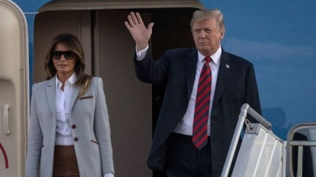 Presiden Trump tiba di Finlandia dengan Ibu Negara Melania Trump.