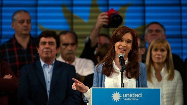 Cristina Fernández habla a sus seguidores