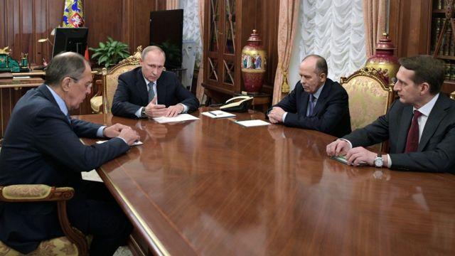 Putin iclas keçirir