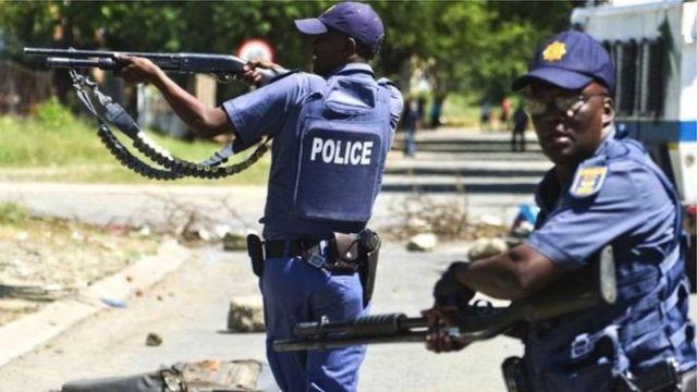Umuvugizi w'igipolisi - Col.Thembeka Mbhele - yemereye BBC uru rupfu rw'ikivunge.