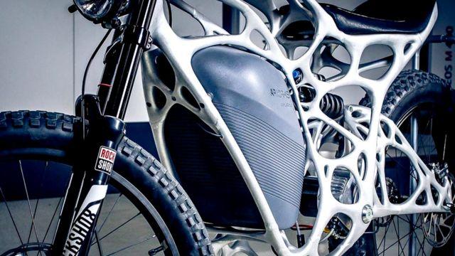 Мотоцикл Light Rider от APWorks, подразделения компании Airbus