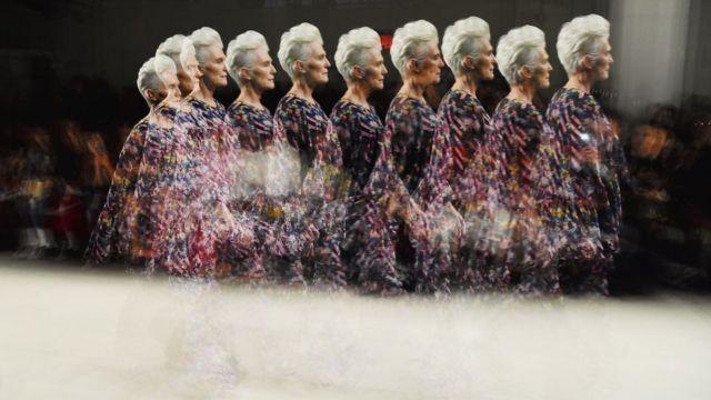 Maye Musk em desfile em Nova York