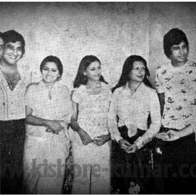 अमिताभ बच्चन अन्य कलाकारों के साथ