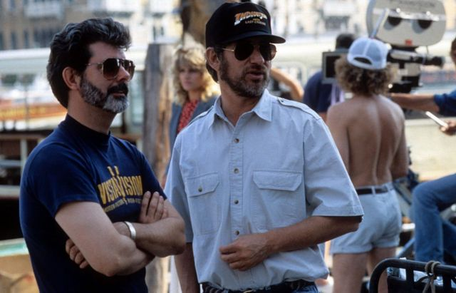 """Джордж Лукас и Стивен Спилберг на съемках """"В поисках утраченного ковчега"""""""