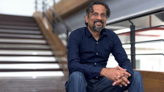 Sridhar en su oficina
