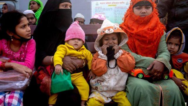 تخطط بنغلاديش لنقل حوالي 100 الف لاجئ إلى مخيم الجزيرة