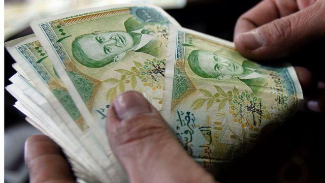 أوراق نقدية سورية من فئة مئة ليرة