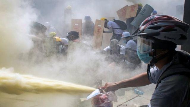Mortal protesta en Birmania deja 18 muertes