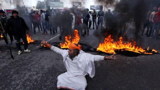 پلوامہ حملے کے خلاف جموں میں احتجاج