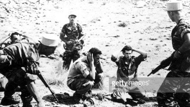 Arrestation des prisonniers pendant la guerre d'Algérie