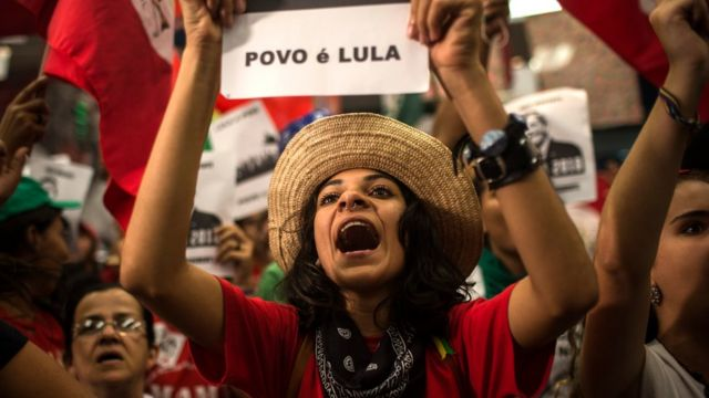 Abashigikiye Lula Da Silva hanze ya sentare ntahinyuzwa muri Brezil 04/04/2018