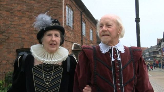 John and Marion Evans as William Shakespeare and his wife Anne Hathaway