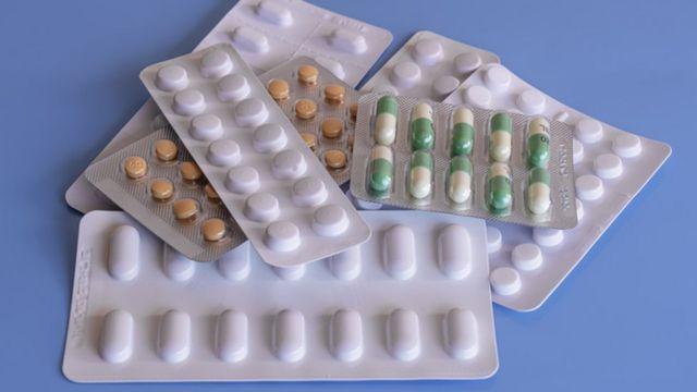 Cartelas de comprimidos e cápsulas