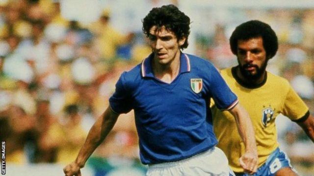 Rossi đã ghi 20 bàn sau 48 lần ra sân cho đội tuyển quốc gia Ý.