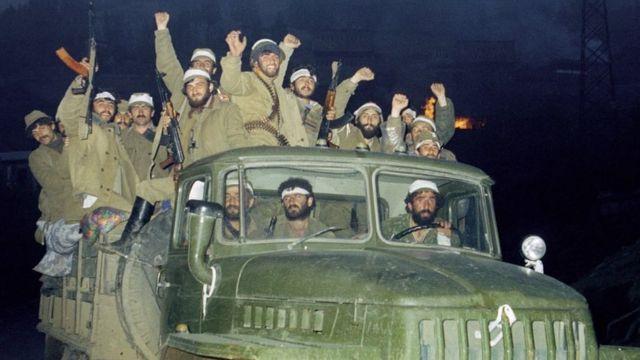 Армянские военные празднуют победу. Май 1992 года