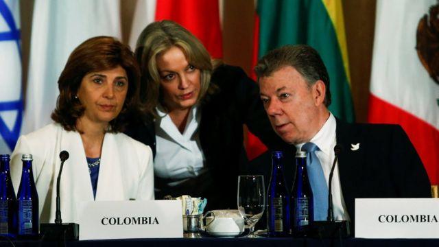Presidente de Colombia y su canciller.