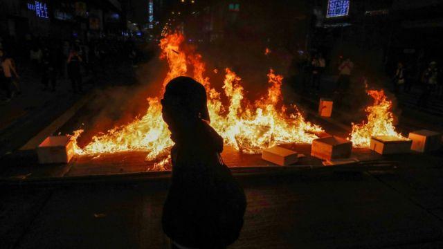 旺角警民衝突現場火光熊熊(29/2/2020)