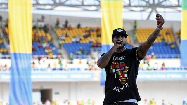 L'artiste franco-sénégalais Bouba à Libreville