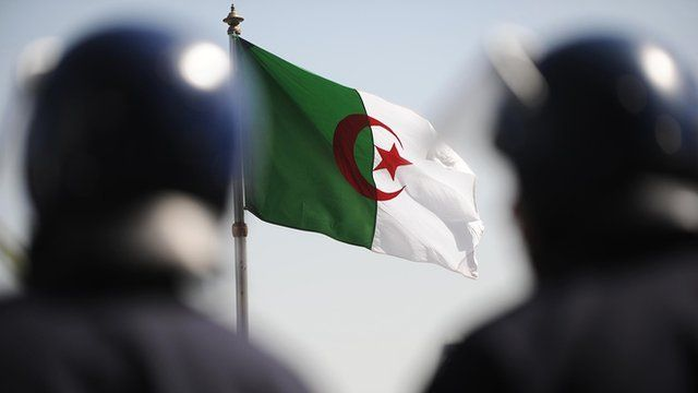 Algeria temporarily cut access to mobile internet to tackle cheating in Baccalaureate exams