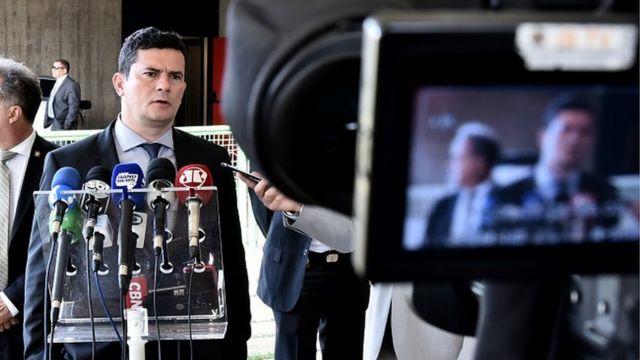 Sérgio Moro dá entrevista