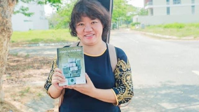 Nhà báo, nhà hoạt động xã hội Phạm Đoan Trang cũng là người phát ngôn của NXB Tự do cùng ấn phẩm Chính trị bình dân do NXB Tự do phát hành