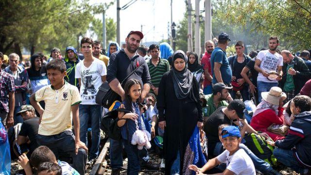 صورة أرشيفية لمهاجرين في اليونان