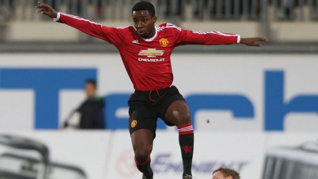 Aworan Tosin Kehinde,Ọmọ ẹgbẹ́ agbàbọ́ọ̀lù Manchester United