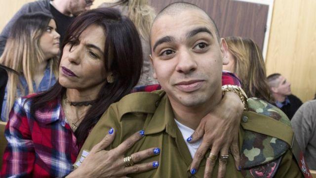 بعد لحظات من صدور الحكم بدأ وزراء إسرائيليون بالمطالبة بالعفو عن عزاري