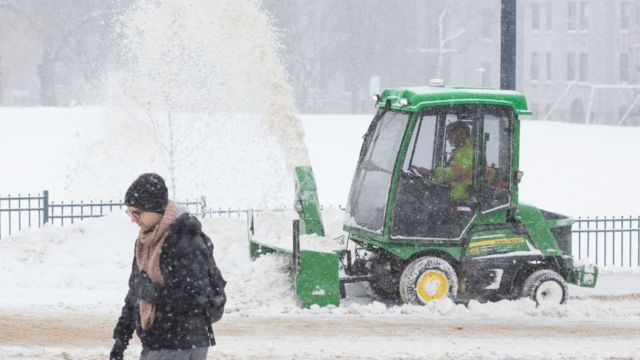 Уборка снега в Онтарио