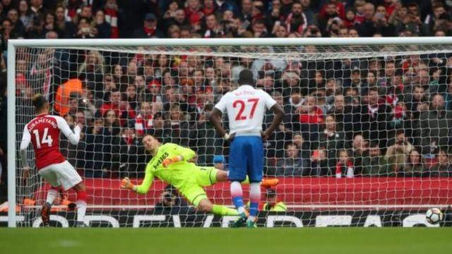 Pierre-Emerrik Aubameyang lo bá Arsenal gba bọ́ọ̀lu meji wọle ninu ifẹsẹ̀wọsẹ̀ náà