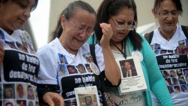 Familias de las víctimas del conflicto civil en Colombia