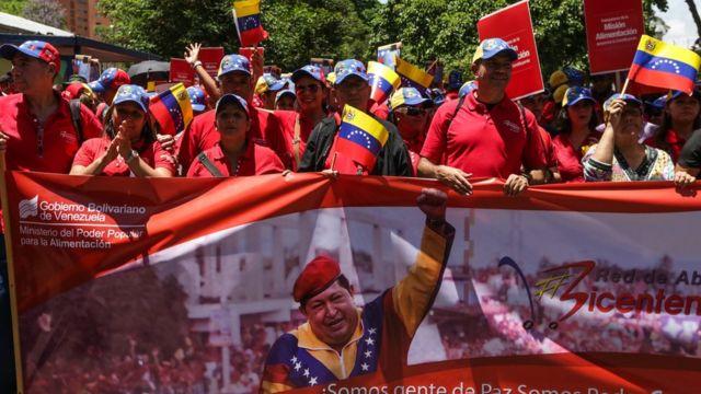 Manifestantes a favor de la Constituyente