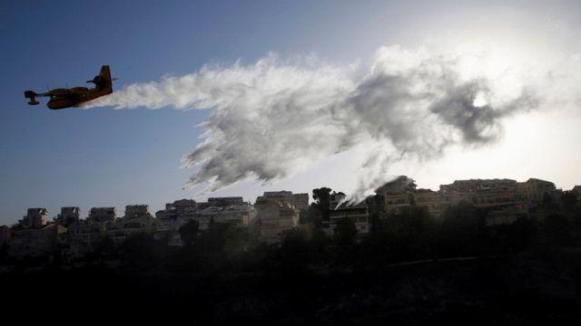 حرائق غابات هائلة في إسرائيل