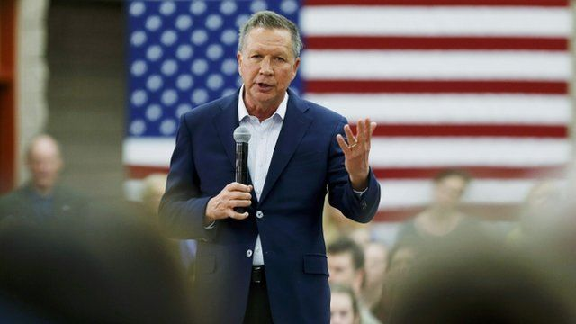Republican presidential candidate John Kasich addresses a town hall event on the campus of George Mason University while campaigning in Fairfax, Virginia on 22 February 2016.