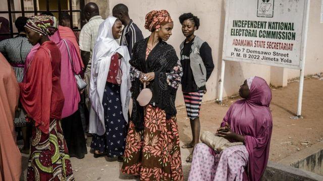 Doorashada Nigeria ayay ahayd in ay qabsoonto Sabtidii aanu soo dhaafnay