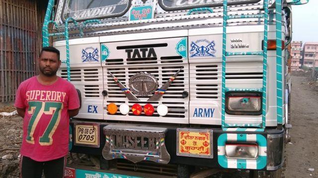 ट्रक ड्राइवर मदन कुमार